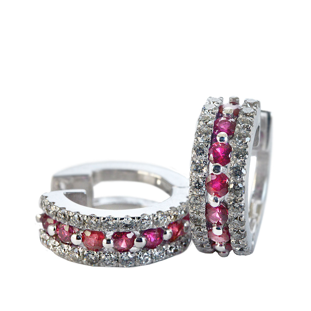 Earrings with diamonds and ruby