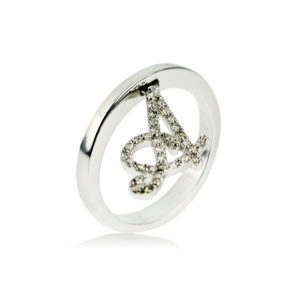 anello-con-lettera--collezione-letter-carini
