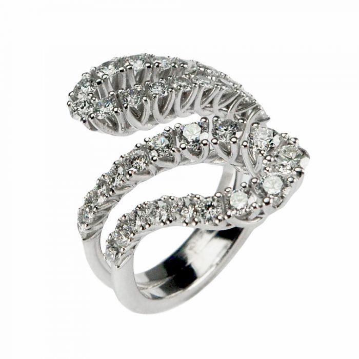 anello-collezione-carini-flow-diamanti-piccolo