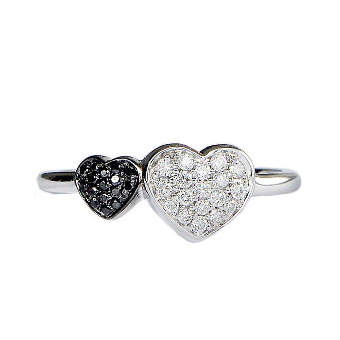 5ca58c84f63667 Anello a cuori in oro bianco con diamanti - CARINI GIOIELLI